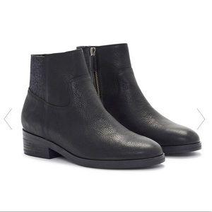 Eileen Fisher Joyce Leather Zip Booties Size 7.5